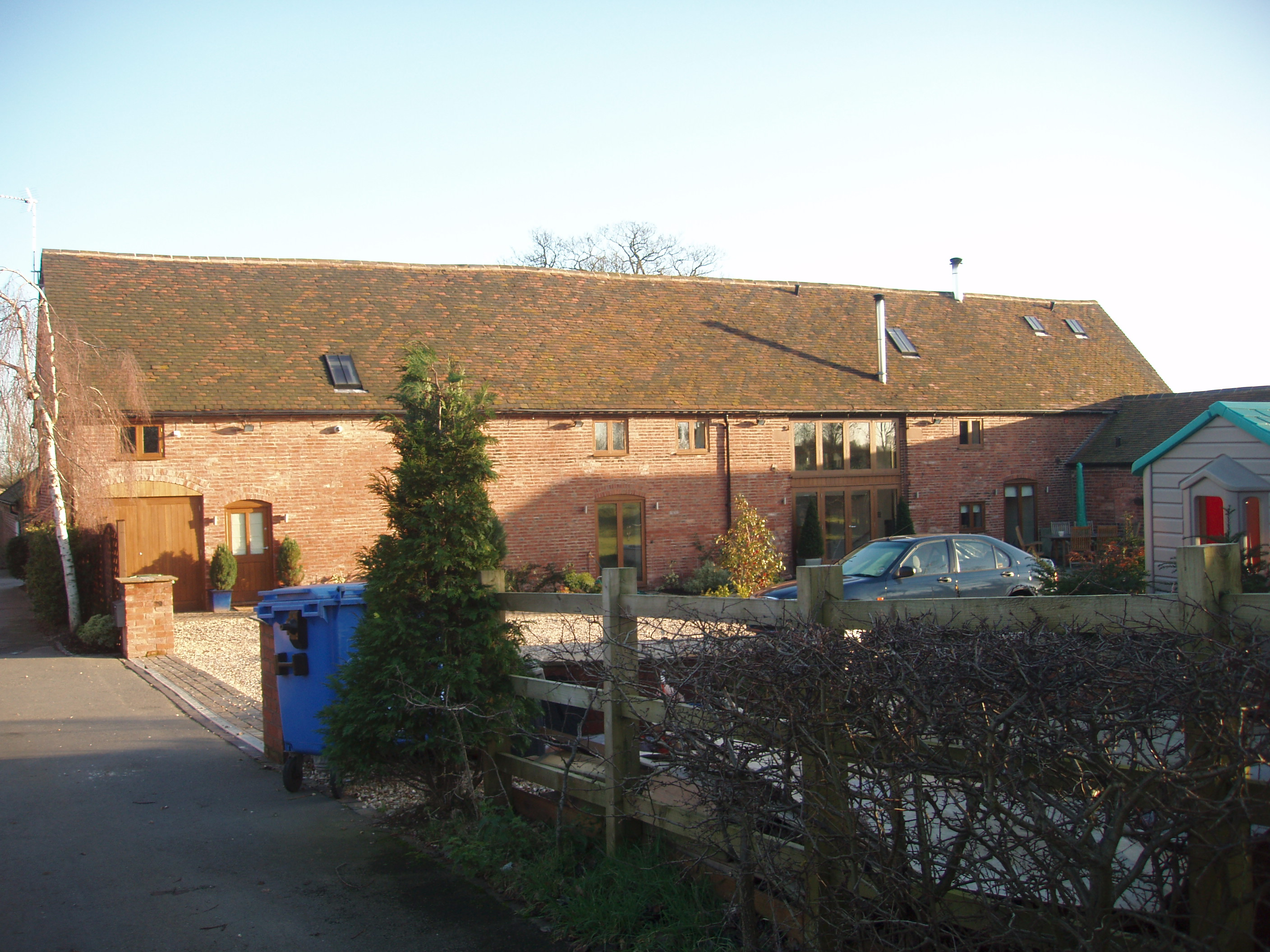 Roofing Services Nuneaton Wootton Grange Barns